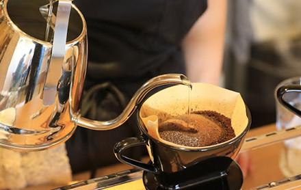 岐阜でランチ,モーニングなら、岐阜市東鶉のカフェ、hidamari Cafe(ひだまりカフェ)の自慢のハンドドリップコーヒー