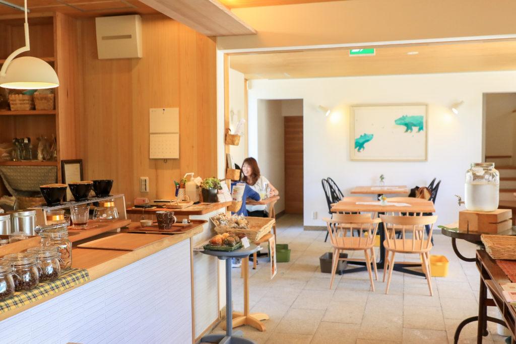 岐阜のカフェ、Hidamari cafe(ひだまりカフェ)の店内写真